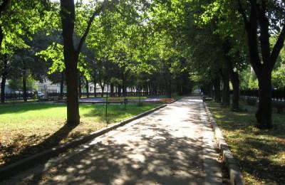 В столице реконструировали 20 тысяч дворов
