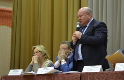 Глава управы района Чертаново Центральное Владимир Михеев проведет встречу с жителями