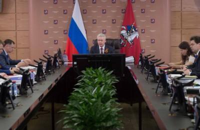 Собянин отметил, что 99% москвичей обслуживаются в Центрах госуслуг в течение 15 минут