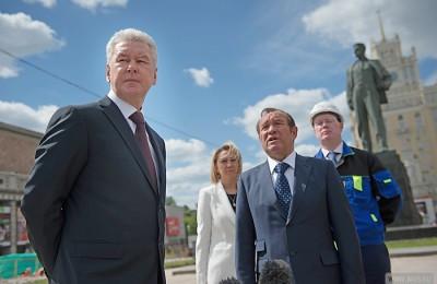 Собянин проинспектировал ход реконструкции Триумфальной площади, которая ведется в рамках проекта «Моя улица»