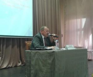 Алексей Челышев рассказал жителям о социально-экономическом развитии Южного округа