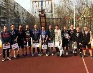 В апреле в соревновании приняли участие 20 команд, более 80 человек.
