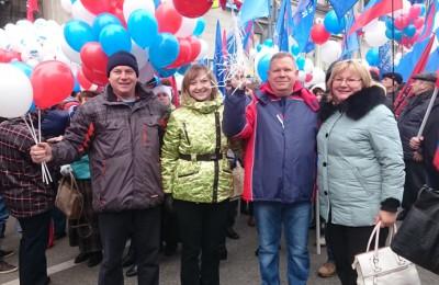 Депутаты муниципального округа Чертаново Центральное вышли на праздничное мероприятие