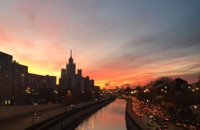 Набережная Москвы-реки