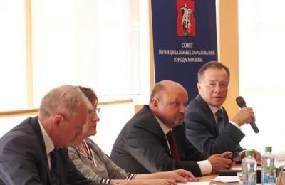 СМОМ на очередном заседании составил письмо-обращение Сергею Собянину по вопросам платных парковок