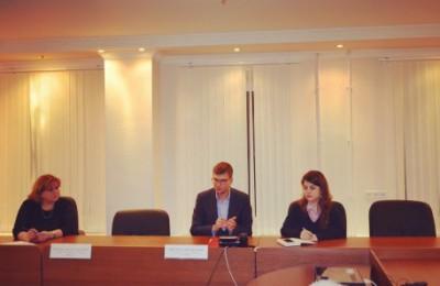 На вопросы москвичей отвечают ведущие юристы и специалисты Фонда капитального ремонта и столичного аналитического центра в сфере городского хозяйства