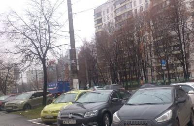 Автомобили в районе Чертаново Центральное