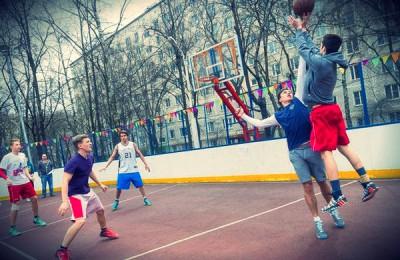 Сезон игры в уличный баскетбол стартовал в районе Чертаново Центральное