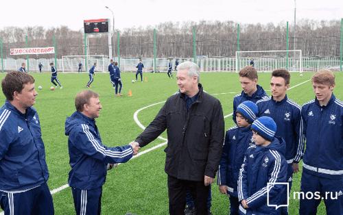 В российской столице построят 5 футбольных полей для будущих чемпионов