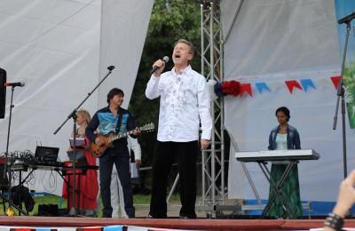Для жителей района подготовят масштабную концертную программу