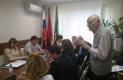 Муниципальные депутаты встретились с представителями Совета ветеранов