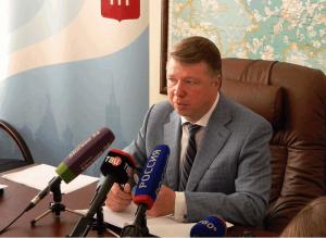 Руководитель Департамента национальной политики, межрегиональных связей и туризма Москвы Владимир Черников