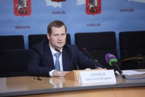 Глава Комитета Москвы по обеспечению реализации инвестиционных проектов в строительстве и контролю в области долевого строительства Константин Тимофеев