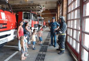 На экскурсии в пожарной части №106 района Чертаново Центральное