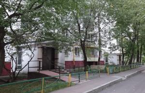 Подъезды одного из домов в районе Чертаново Центральное
