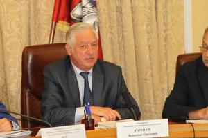 178 представленных кандидатов зарегистрированы от партий, двое выдвигались в индивидуальном порядке — Валентин Горбунов