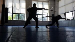 Занятие в студии  фехтования Sword art