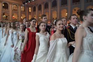Участники Кремлевского кадетского бала