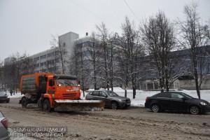 В районе Чертаново Центральное ликвидировали последствия снегопада