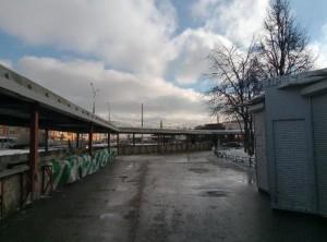 """Очищенная от снега территории возле метро """"Пражская"""""""