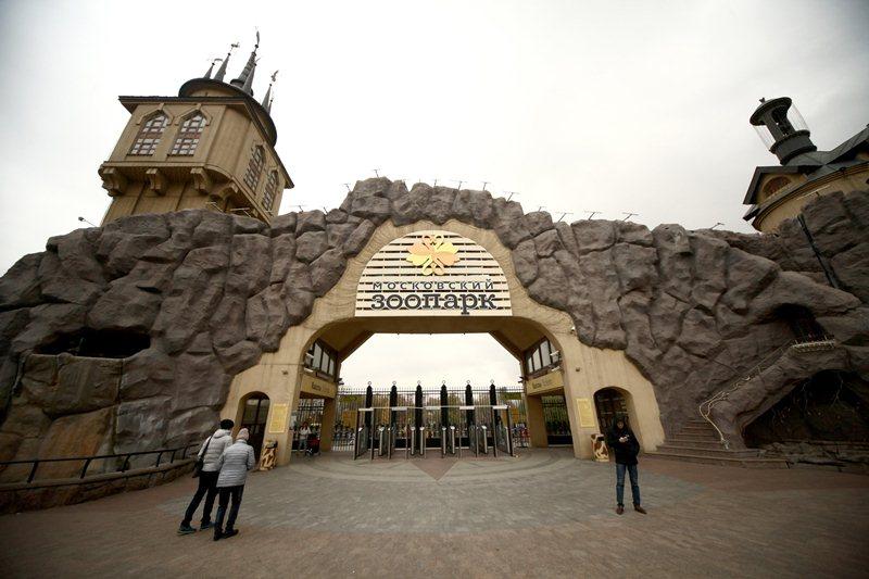 Московский зоопарк переходит налетний режим работы