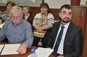 Директор «Жилищника» Павел Кашеков на заседании Совета депутатов