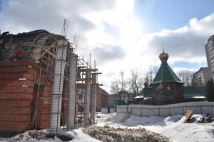 Работы по строительству храма проходят на территории района