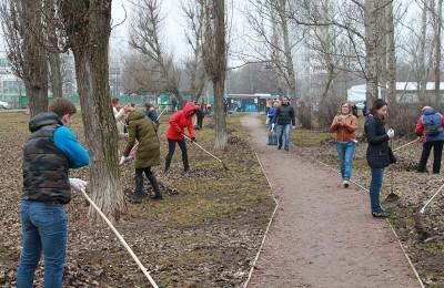 Жители района приняли участие в субботнике 8 апреля