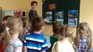 Учеников местной школы познакомили со свойствами жидкости