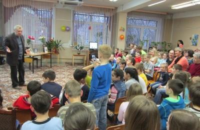Праздник для детей пройдет в библиотеке №143