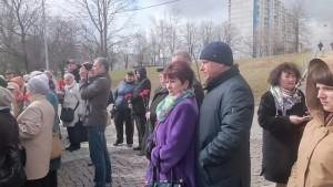 Глава муниципального округа Чертаново Центральное Нина Пожарова и депутат Сергей Жабин на митинге