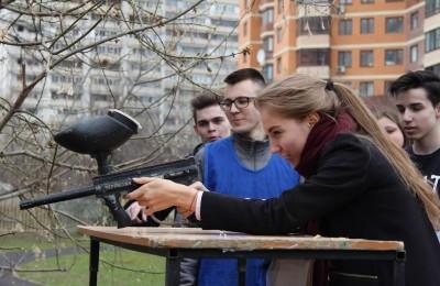 Юные жители района посоревновались в военно-патриотических играх