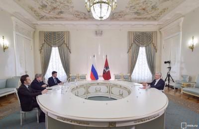 Мэр Москвы Сергей Собянин на встрече представителями Общественной палаты столицы