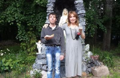 Экскурсию по Дому милосердия провели для жителей района