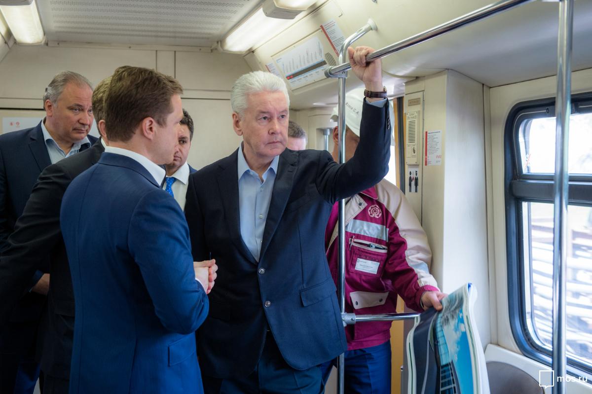 Собянин осмотрел ход работ покапремонту Филевской линии метро