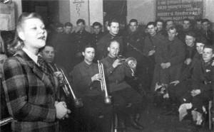 Песни советского времени прозвучат в библиотеке №143
