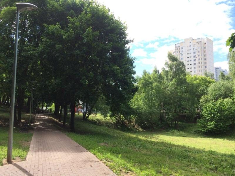 Благоустроенная территория на улице Красного Маяка
