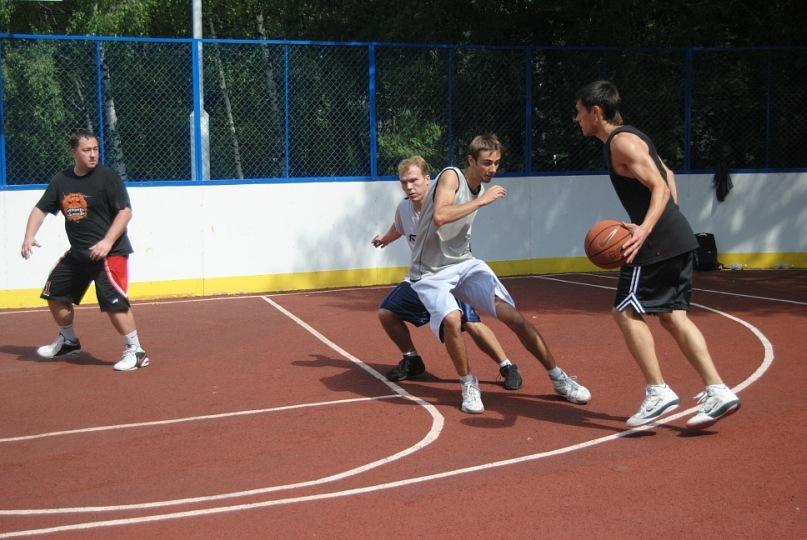 Тренировки по баскетболу