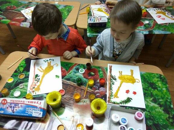 Идет набор детей на занятия по рисованию