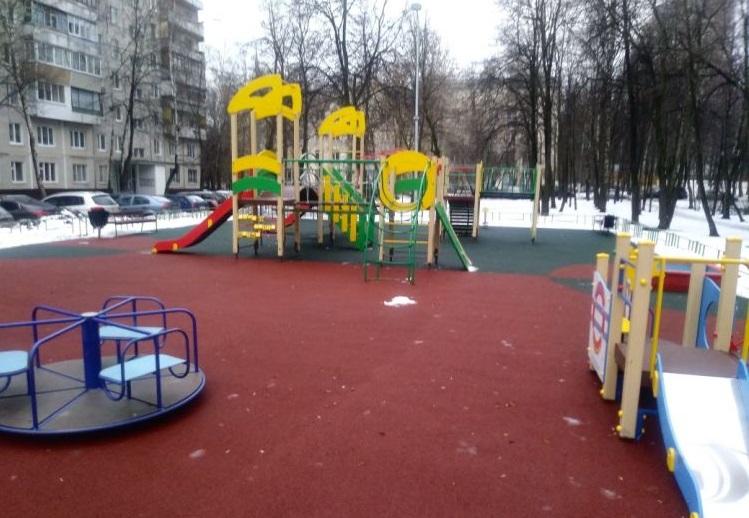 Детская площадка на Чертановской улице, дом 24, корпус 1