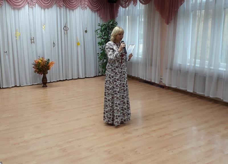 """Нина Разумейчик на концерте """"Тутти"""" в детском саду"""